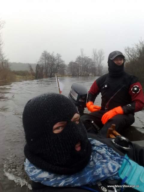 zimowy spływ po rzece - Parsęta