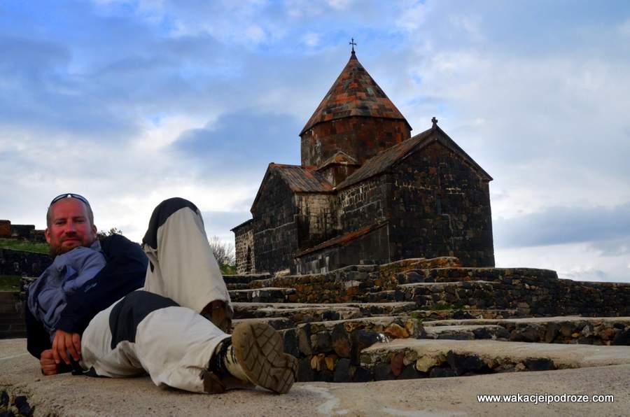 Życzę udanego wypoczynku nad jeziorem Sewan ;-)