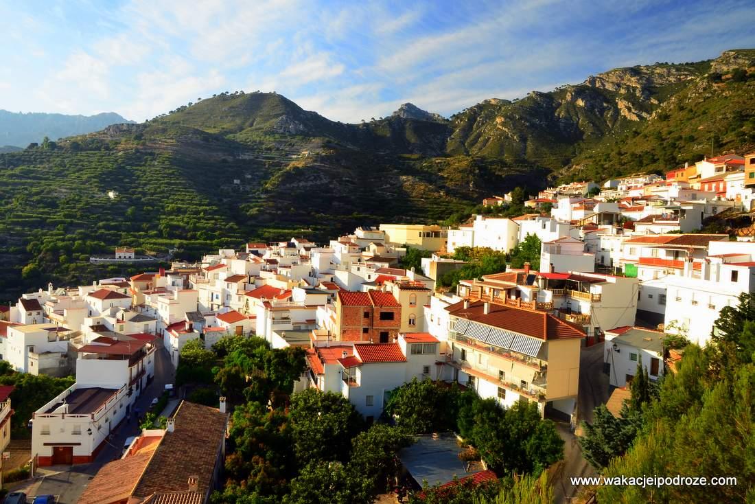 Białe miasteczka w Andaluzji - Lentegi