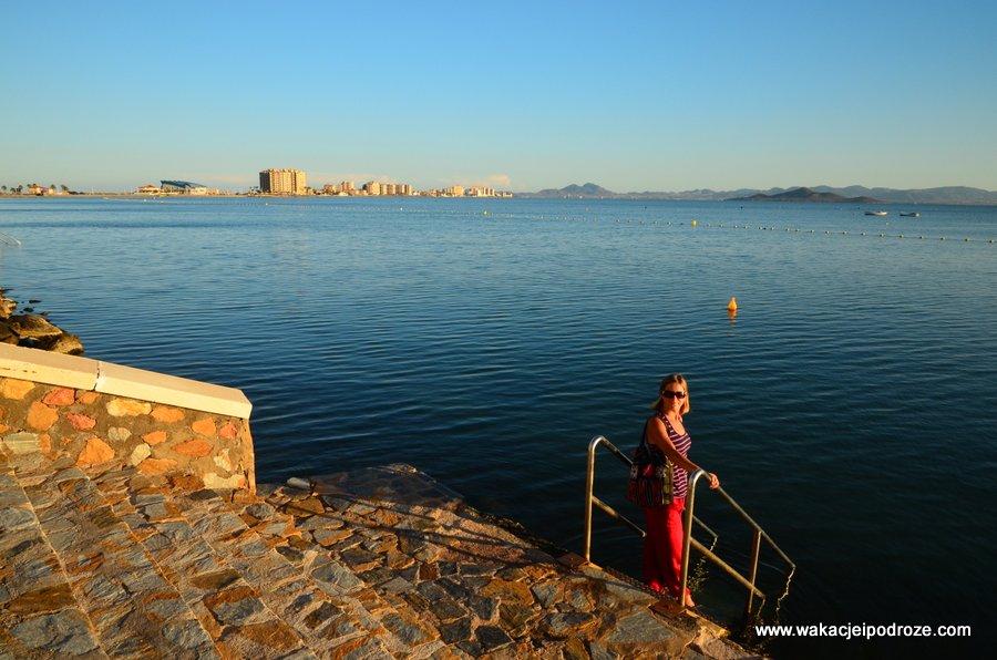 Morze mniejsze - idealne miejsce dla zmarzluchów. Woda jest tu zawsze o ok. 5 stopnie cieplejsza niż w morzu śródziemnym