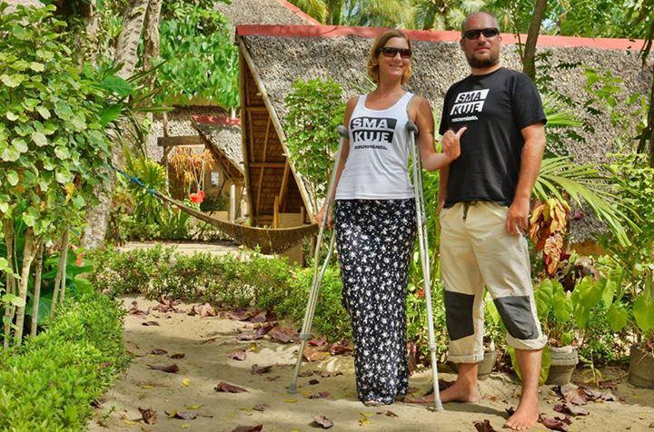 Przez 6 tygodni podróżowaliśmy z niechcianymi towarzyszami - kulami i butem usztywniającym złamaną nogę.